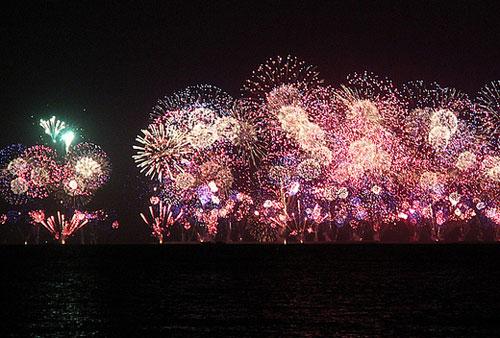 דובאי: מופע הזיקוקים הגדול בעולם