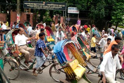 בנגלדש צועדת קדימה
