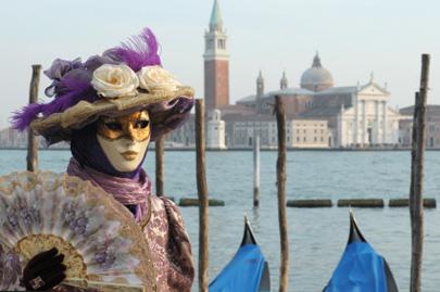 קרנבל  ונציה – הסודות מאחורי המסכה
