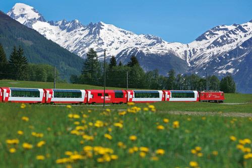 לטייל בשווייץ בתחבורה ציבורית