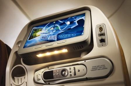לראשונה במטוסים: מגזינים לקריאה במסך אישי