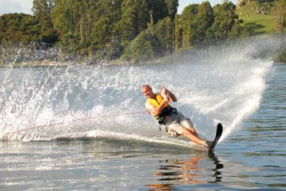 סקי מים בכבלים