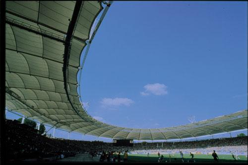 האיצטדיון בשטוטגרט כמעשה אמנות