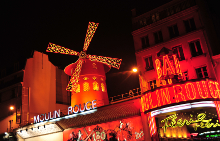 מולאן רוז' של הסרטים: קברט בפריז