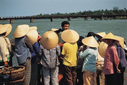 וייטנאם לתרמילאים – שנינו מאותו הכפר