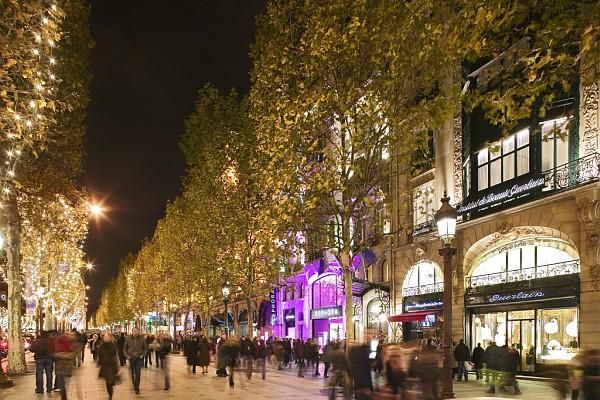 פריז: סוגרים שנה בעיר האורות