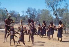 אבוריג'ינים באוסטרליה – אני חולם, משמע אני קיים