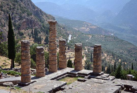 מסע ביוון בעקבות נביאות