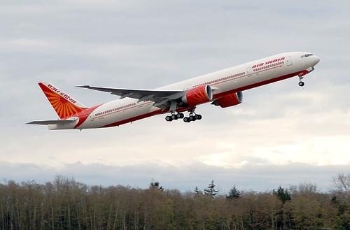 90 אחוז מטיסות הפנים בהודו בוטלו או נדחו