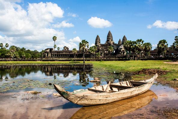 אבודה בקמבודיה: סיפור