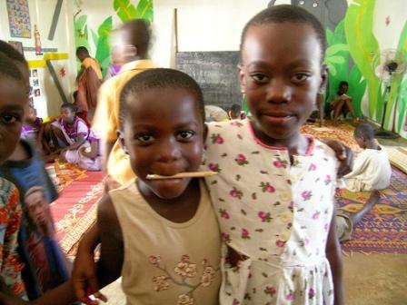 גאנה: עבדים ואלים שולטים