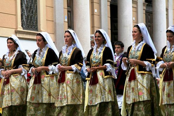 סרדיניה – תהלוכת אפיסיו הקדוש
