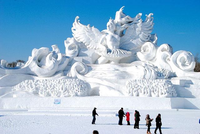 פסטיבל הקרח בסין: דיסנילנד פינת חרבין