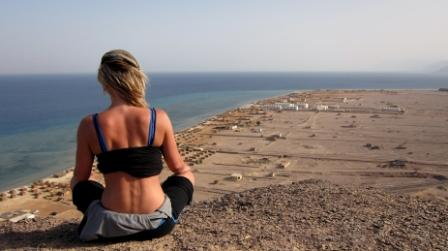 עיתון מצרי: אלפי ישראלים ממשיכים לנפוש בסיני