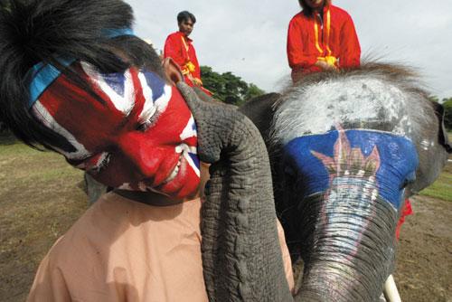 תאילנד: ארץ הפילים הלבנים