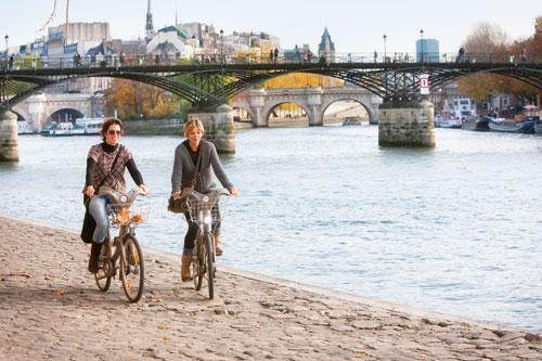 הטיול החסכוני – פריז בחינם