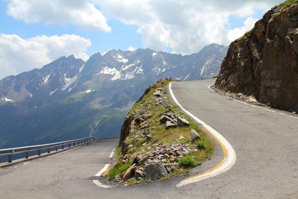 הכבישים הגבוהים באירופה – לגעת בשמיים