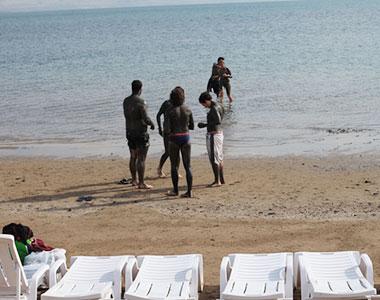 """חוף קלי""""ה, ים המלח"""