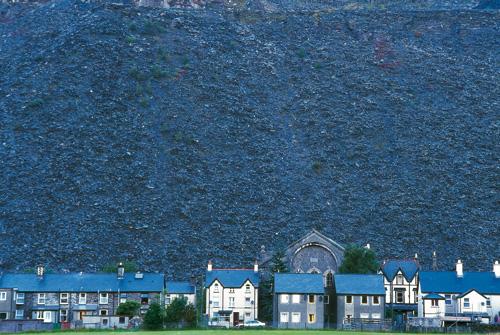 וויילס: על הגבעה השחורה – סיפורו של מחוז גווינת
