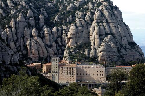 מונסראט – לישון במנזר בקטלוניה