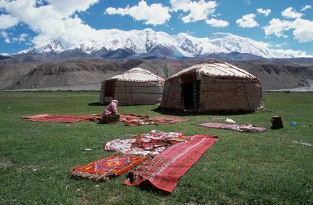 נוודים במרכז אסיה: לקפל את הבית וללכת