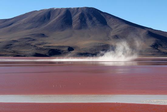 האגמים הצבעוניים של בוליביה