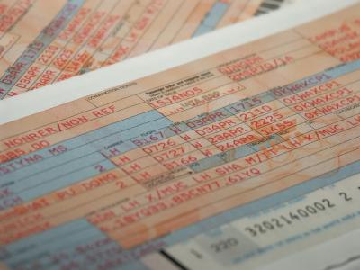 מחקר חדש: מתי לקנות כרטיס טיסה הכי זול