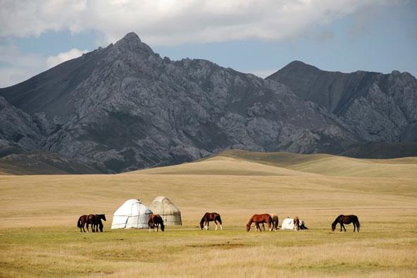 טיול ג'יפים בקירגיזסטן