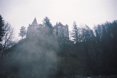 דרקולה: מסע בטרנסילבניה, רומניה – בירת הערפדים העולמית
