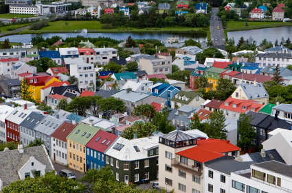 איסלנד – המשבר הכלכלי והפריחה התיירותית