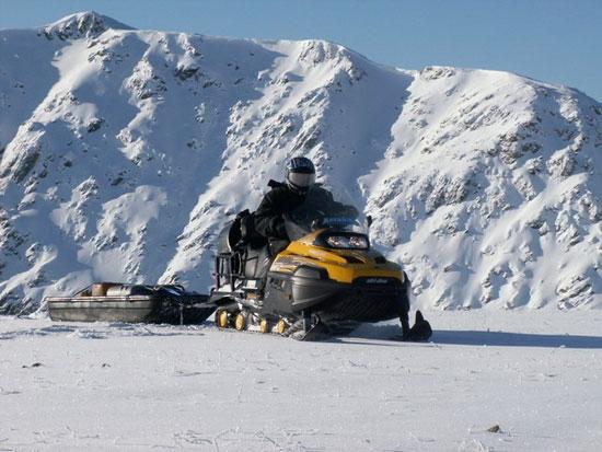 סיביר: ספארי אופנועי שלג בהרי אלטאי
