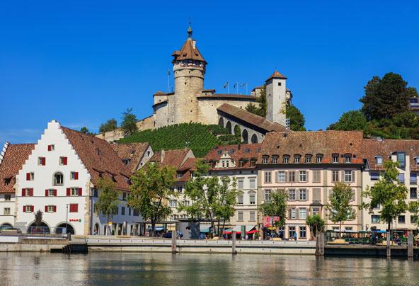 שפהאוזן, עיירה ציורית על גדות האגם בצד השוויצרי