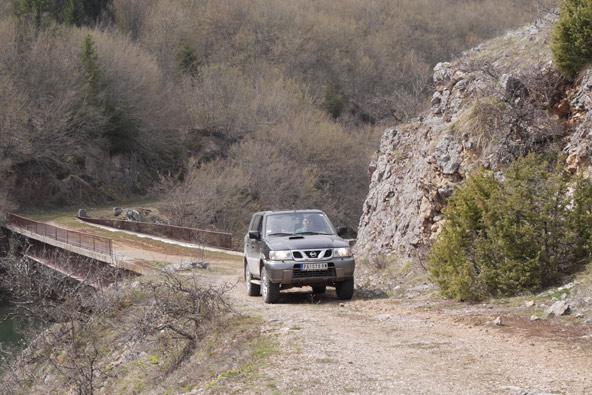 סרביה – טיול ג'יפים בין יערות ואגמים