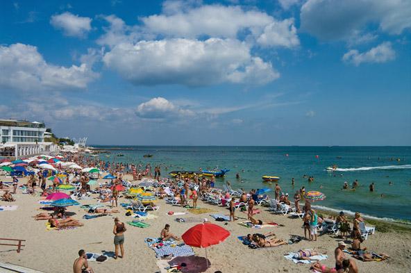 חוף לנזהורן, הפופולרי בחופי העיר