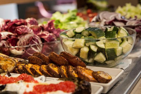 """מיזם חדש: אוכל כשר לנופשים בחו""""ל"""