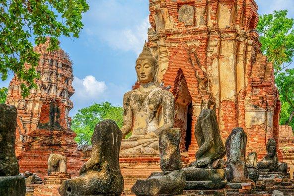 פסל בודהה בעיר המקדשים איותאיה