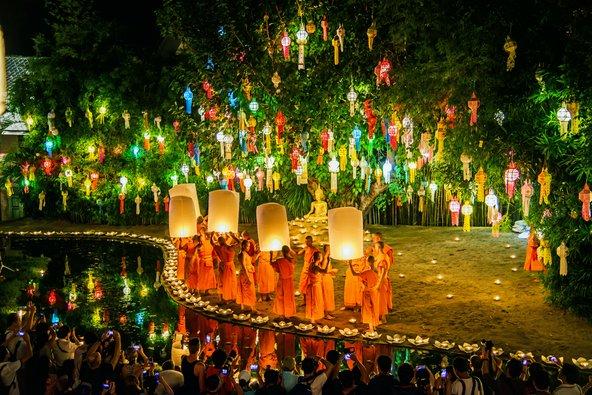 פסטיבל לוי קראטונג, מהחגים המרהיבים בתאילנד | צילום: Take Photo / Shutterstock.com