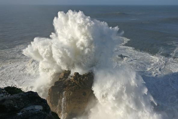נזרה, פורטוגל: הגל הגדול