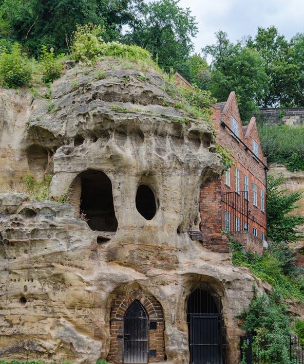 המערות מתחת לטירת נוטינגהאם