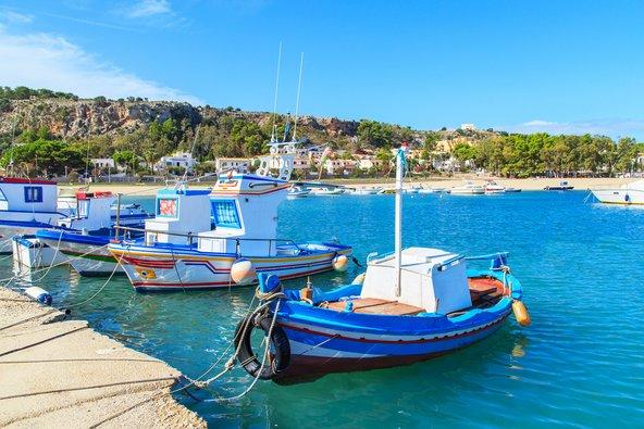 הודות למיקום ליד הים, המטבח הסיציליאני עשיר בדגים ופירות ים צילום: שאטרסטוק