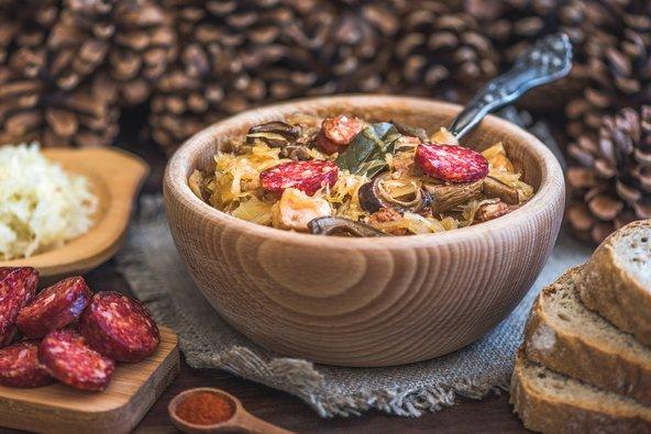 מרק כרוב ונקניק, אחת המנות הפופולריות במטבח הסלובקי