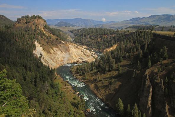 מנופי ילוסטון, הפארק הלאומי הראשון שהוכרז בעולם