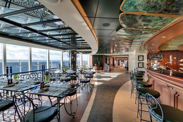 בית קפה על סיפון אניית הקרוז החדשה, MSC Seaside