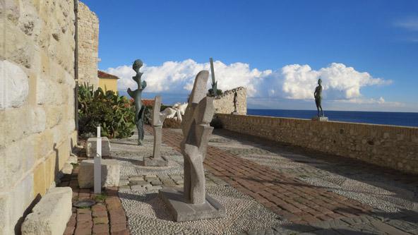 גן הפסלים במוזיאון פיקאסו