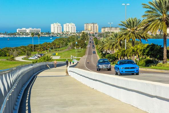 הדרך הטובה ביותר לטייל בפלורידה היא ברכב
