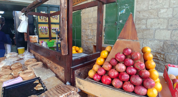 דוכנים בשוק העתיק של נצרת