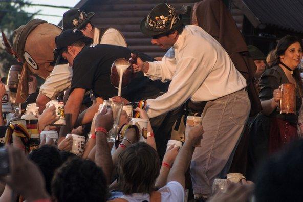 חגיגות האוקטוברפסט בווילה ג'נרל בלגרנו | צילום: RnDmS / Shutterstock.com