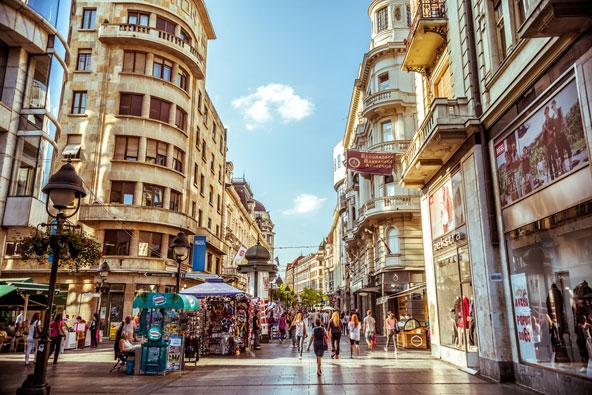 מדרחוב קנז מיכאילובה, רחוב הקניות הראשי של העיר
