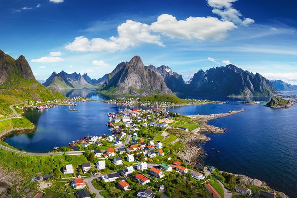 איי לופוטן בנורווגיה, אחת המדינות היפות והשלוות באירופה