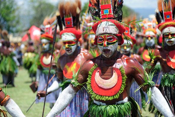 אפשר להתרשם מעושר המנהגים של השבטים השונים במופע גורקה